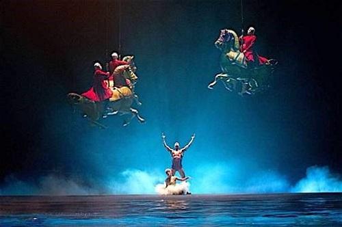 Cirque du Soleil O 2
